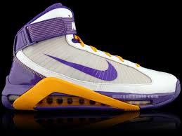 PE � Los Angeles Lakers