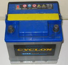 طرق توليد الطاقة الكهربائية Car-battery