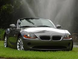 بيئم دبليو احدث موديل  2003_BMW_Z4_2_5L
