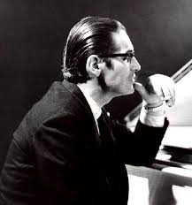 http://t3.gstatic.com/images?q=tbn:3tuzI9Kq3WljOM:http://rhonabennett.files.wordpress.com/2009/10/bill_evans-2.jpg