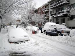 http://t3.gstatic.com/images?q=tbn:5q1nsg2BSAzFkM:http://grandquebec.com/upl-files/neige_montreal.jpg