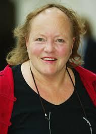 National treasure Julie - mo-mowlam-b