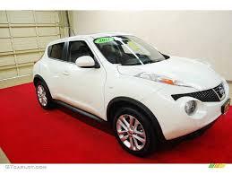 nissan juke white and red 2011 white pearl nissan juke sl 76456462 gtcarlot com car