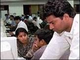 BBCBrasil.com   Reporter BBC   Índia cresce com foco em serviços ...