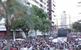 Tiroteio e confusão em blocos de carnaval na Grande Vitória | Folha ...