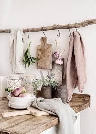 nature et deco branche de bois déco et pratique à la fois idées artistiques d