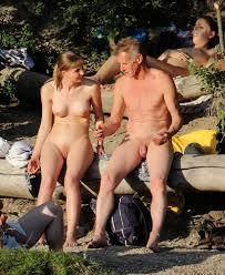 nudistcouple|