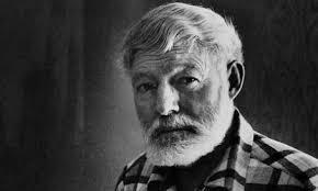 """Về nguyên lý """"tảng băng trôi"""" của Ernest Hemingway"""