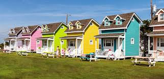 urban to beachy 10 amazing tiny homes zillow porchlight small
