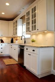 Kitchen Cabinets White Shaker Best 25 White Shaker Kitchen Cabinets Ideas On Pinterest Shaker