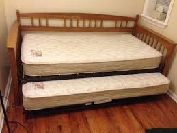 queen size trundle bed frame 1000 ideas about queen size daybed