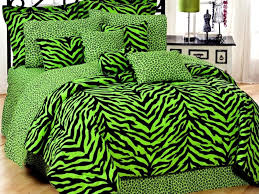 zebra bedroom pierpointsprings com zebra print accessories for bedroom zebra bedroom decor accessories best bedroom ideas 2017