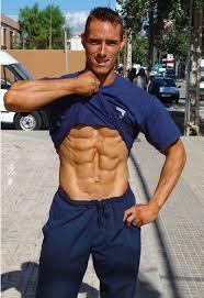 Jose Navas camino del Cto. de España Classic Bodybuilding IFBB - navas