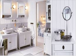 luxurious crystal of the bathroom pendant lighting above double