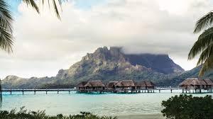 overwater bungalows bora bora huts u0026 villas four seasons resort