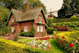 beautiful house will look prettier with grande garden idea