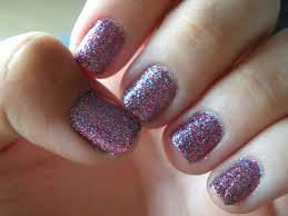 ring in the new year with these 42 glitter nail designs 1