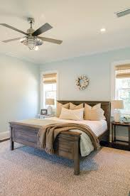 Two Twin Beds In Small Bedroom Bedroom Graceful Room Deign For Guest With Two Twin Beds Also