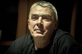 Andrzej Stasiuk, fot. Dariusz Zaród / East News. Prozaik, dramaturg, poeta, zajmuje się także krytyką literacką. Urodził się w 1960 roku w Warszawie. - stasiuk%2520andrzej%2520portret%2520en_6317735