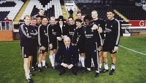 Dueño del Fulham Construira Estatua de Michael Jackson. Images?q=tbn:ANd9GcQDr4RoLuxELRvTOgutkrQMtIQi_bnZktQ3aTYmXZXYHCBeLW84bQ&t=1