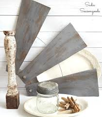 Which Way Should Ceiling Fan Turn Diy Farmhouse Style Salvaged Windmill Decor From Ceiling Fan Blades