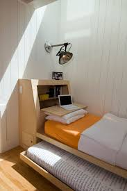 Designing Ideas For Small Spaces Best 25 Small Bedroom Layouts Ideas On Pinterest Bedroom