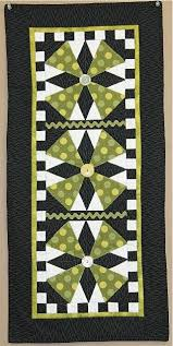 Quilted Table Runners by 1519 Best Quilted Tablerunners U0026 Toppers Images On Pinterest