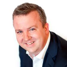 Peter-Turner 40% of consumers hold online service providers responsible for protecting their online identity. Research findings published today by Experian ... - Peter-Turner
