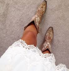 ideas about Cowgirl Outfits on Pinterest   Country fashion  Cowgirl dresses and Country dresses Pinterest