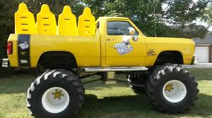 bigfoot monster truck wiki the bee monster trucks wiki fandom powered by wikia