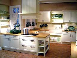 Kitchen Design Traditional by Pictures Of Traditional White Kitchen Design With Natural Lighting