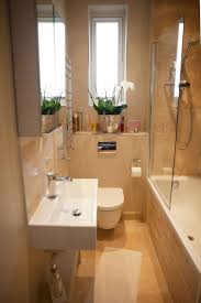 Pictures Of Small Bathrooms With Tub And Shower Best 25 Small Bathroom Bathtub Ideas Only On Pinterest Flooring
