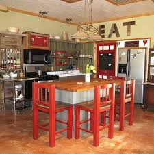 Farmhouse Kitchens Designs Best 25 Small Rustic Kitchens Ideas On Pinterest Farm Kitchen