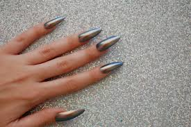 icy chameleon extra long stiletto almond nails set of 20