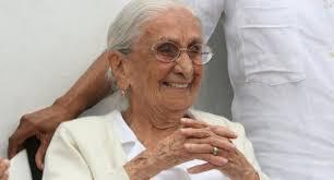 Morre Dona Canô, mãe de Maria Bethânia e Caetano Veloso