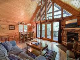 running bear 2 bedrooms sleeps 8 tub vrbo