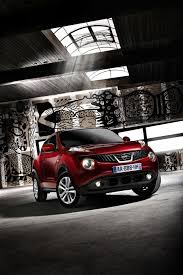 nissan juke white and red the nissan juke comes available in exotic color like this purple