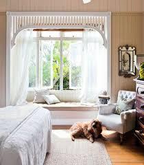 Bay Window Desk Best 25 Bay Window Bedroom Ideas On Pinterest Bay Window Seats