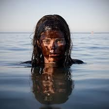 Des Médias silencieux quant à la catastrophe du Golfe du Méxique Images?q=tbn:ANd9GcQPnrsrguROX2ZYJU0OZgATtaYkXjkbllIHj165LEUBFd5CNp-2Lg
