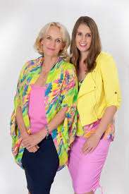designers tracy and sonya saywell sign publishing deal with