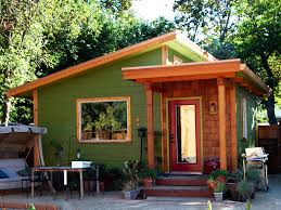 tiny homes for the homeless time to build