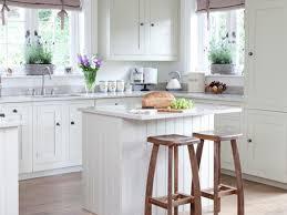 kitchen island 22 kitchen island with stools home styles