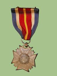 Awards And Decorations Branch by Wwii Us Medals And Insignia Price Guide Militaryitems Com