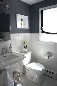 Do It Yourself Bathroom Ideas Colors Ideas To Decorate A Small Bathroom To Make It Look Bigger With
