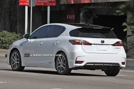 lexus ct 200h f sport edition scoop spindle grille 2014 lexus ct 200h f sport caught without camo