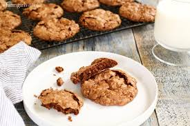 fudgy chocolate meringue cookies aruba u2022 a farmgirl u0027s dabbles