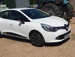 renault clio dynamique medianav 63 plate low mileage 1 2 5 door