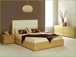 Luxury Classic Bedroom Designs Small Bedroom Decorating Ideas On A Budget Laptoptablets With