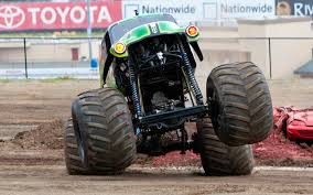 monster truck show tucson grave digger monster truck feature video motor trend