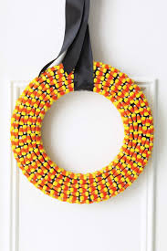 halloween crafts with candy halloween crafts how to make a halloween candy corn wreath at